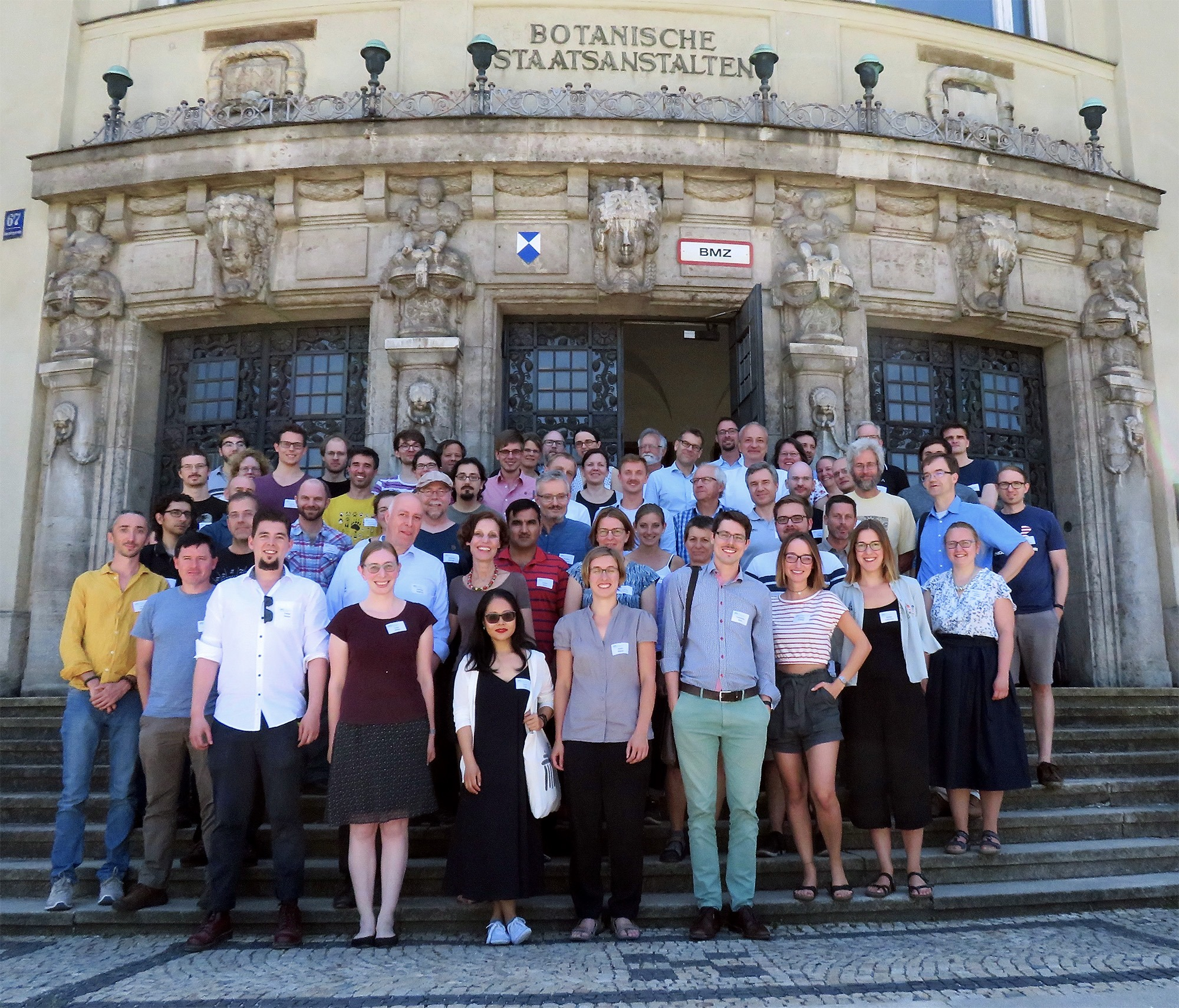 Attendees of our 3rd annual meeting on 29. June at the steps of the Munich Botanical Garden.