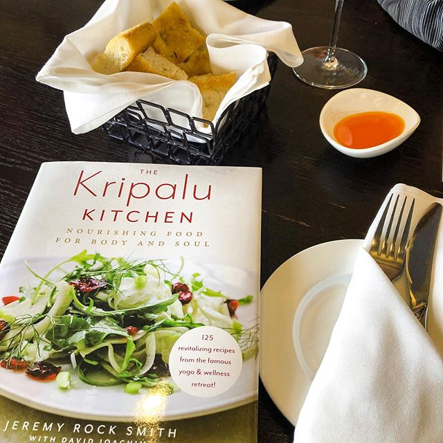 💝 Sweet surprise by a sweet friend. Thank you for my awesome gift #Kripalukitchen. I've already earmarked some recipes... like the Chocolate Peanut Butter Bars 😋 .  #kripalurecipes #kripaluretreat #simplemeals #healthyliving #healthymeals #quickmeals #jerf #justeatrealfood #fighinflammation #glutenfree #superfoods #foodasmedicine #nourishingfood #health #wellness #jeremyrocksmith #wholefoods #dosha #ayurveda #ayurvedicmeals #nutritionist #healthcoach #nutritiontherapy #glutenfreerecipes #healthyrecipes #Yogilifestyle #kripalucookbook #nourishyoursoul #recipes