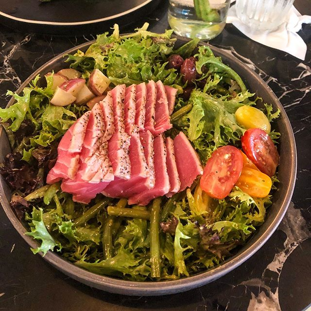 🐟 Ahí tuna salad @maisonstivalet super yummy! . ✨ Awesome sitting area for convo & coffee! Stay a while. . #rgvfood #mcalleneats #localbusiness #rgvfoodie #mcallen #mcallentx #tuna #placestoeat #rgveats