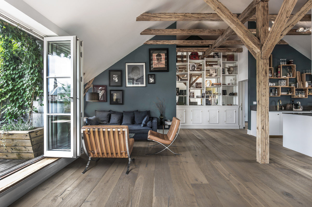 Wood floors with different shades of gray _ Kährs US.png