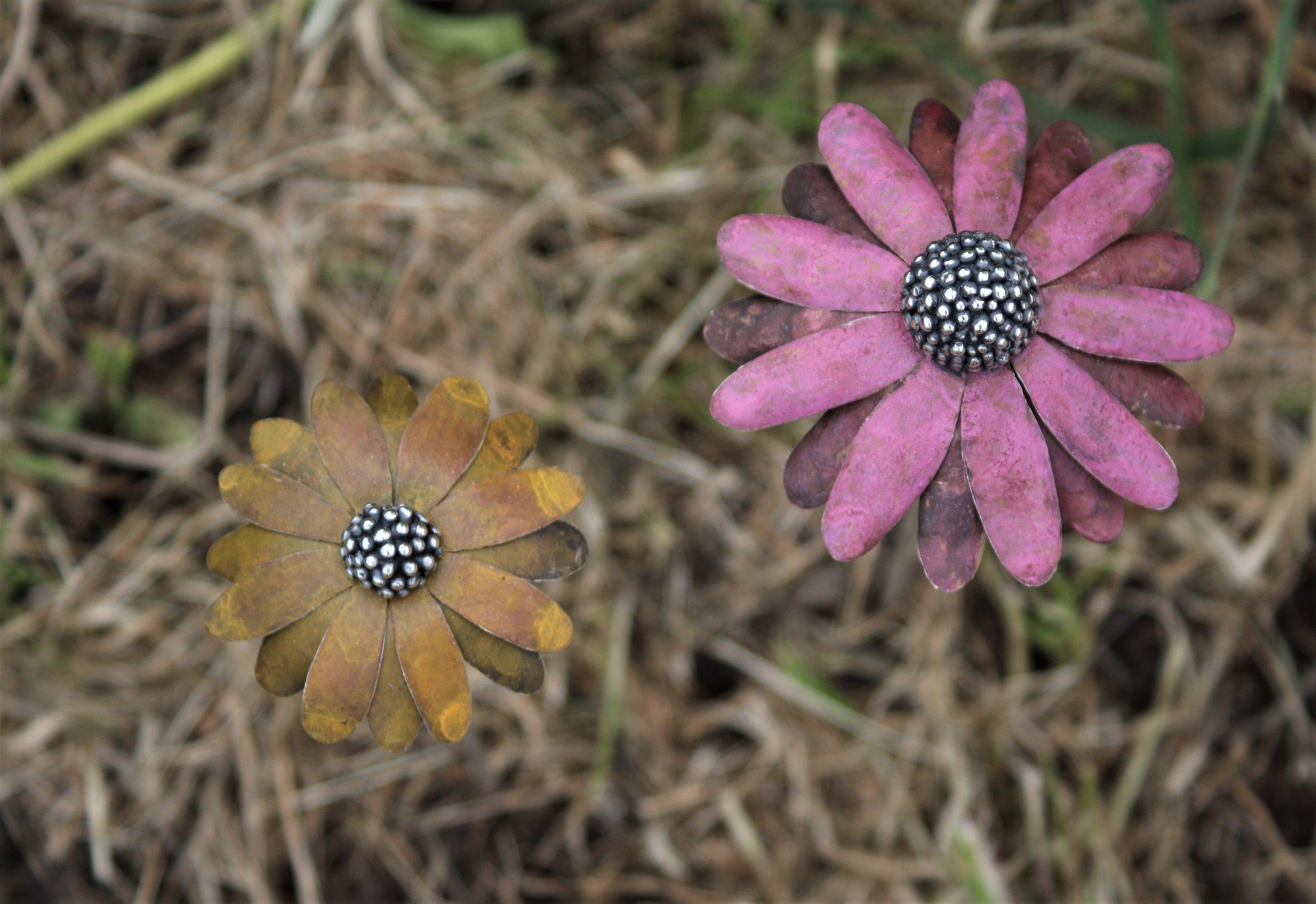 Patinated silver Rudbeckia & Echinacea