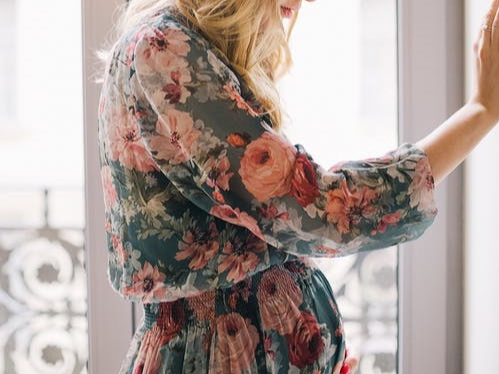 Styling your bump - Love your bump or hate it, every new mummy probably struggles with their growing belly and shrinking wardrobe. But don't stress- your stylish look doesn't have to disappear under a pile of ugly maternity clothes. We will help you feel and look like the fashionable mummy you are by intro-ing you to the best shops out there or even booking you in with a top stylist to style your look. Being pregnant certainly doesn't mean you have to lose the 'real you'….Get started now…
