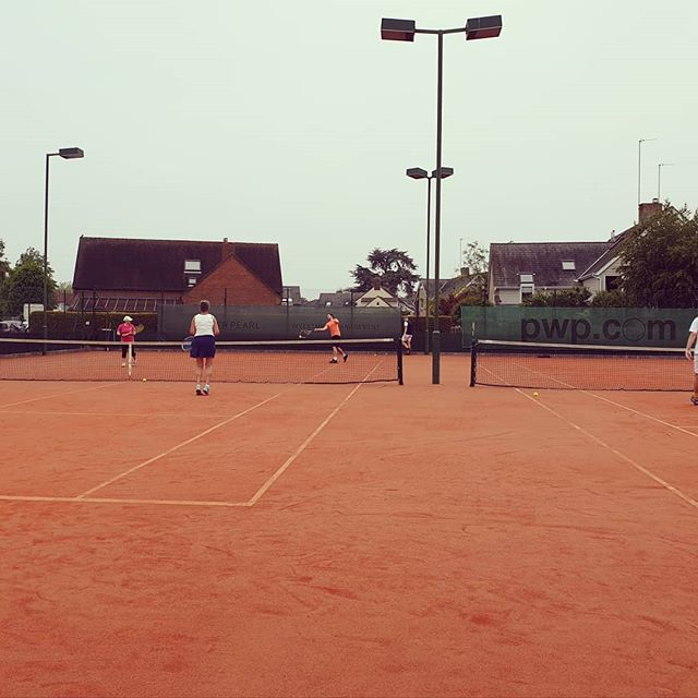 Sunday morning social Tennis. 10am - 12pm.
