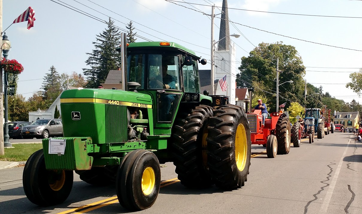 Earle Ford Tractor Show -