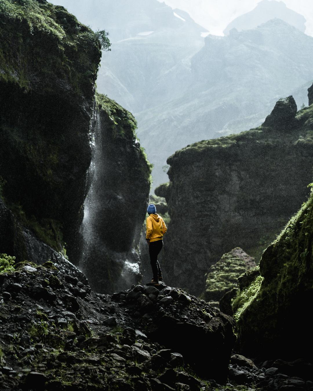 gabornagy_volcano_huts04.jpg