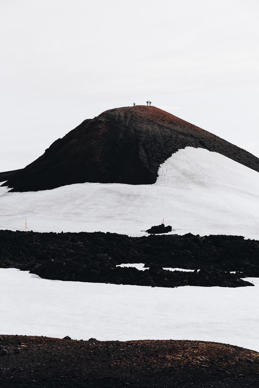 gabornagy_volcano_huts41.jpg