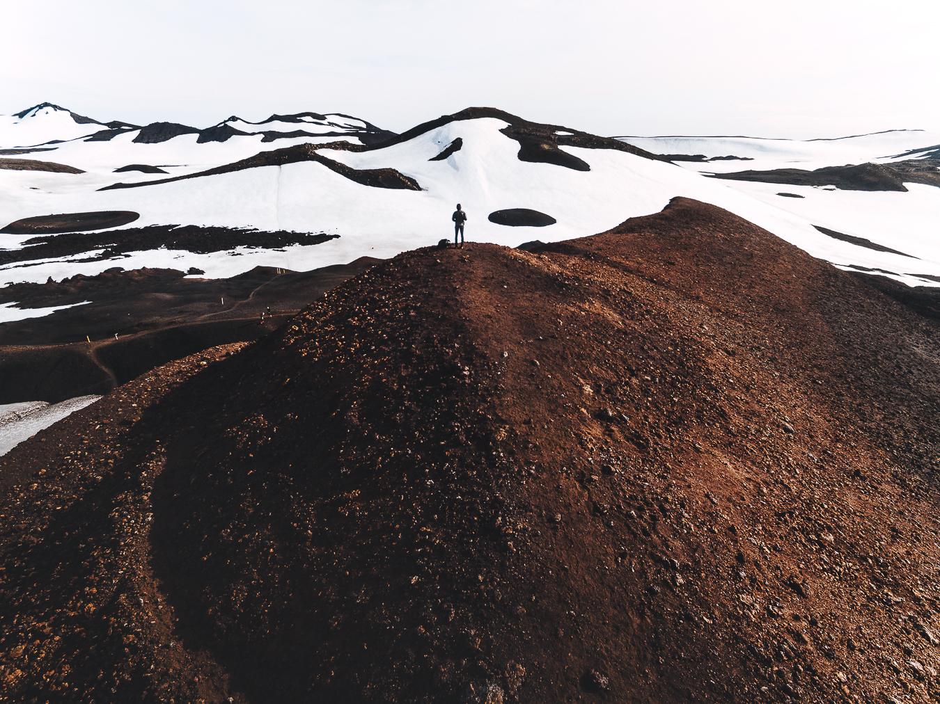 gabornagy_volcano_huts46.jpg
