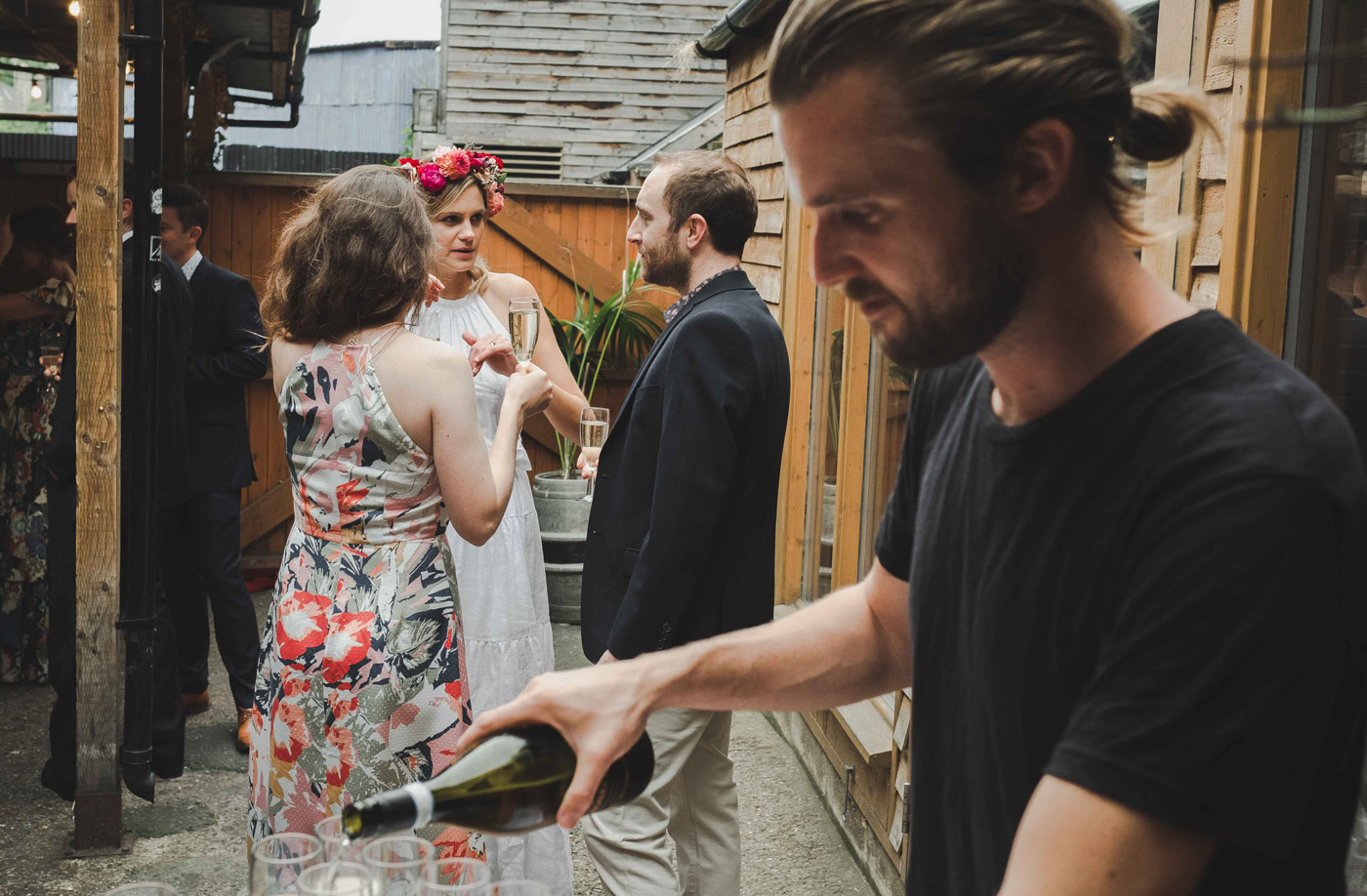 London wedding photographer at hackney fields brewery