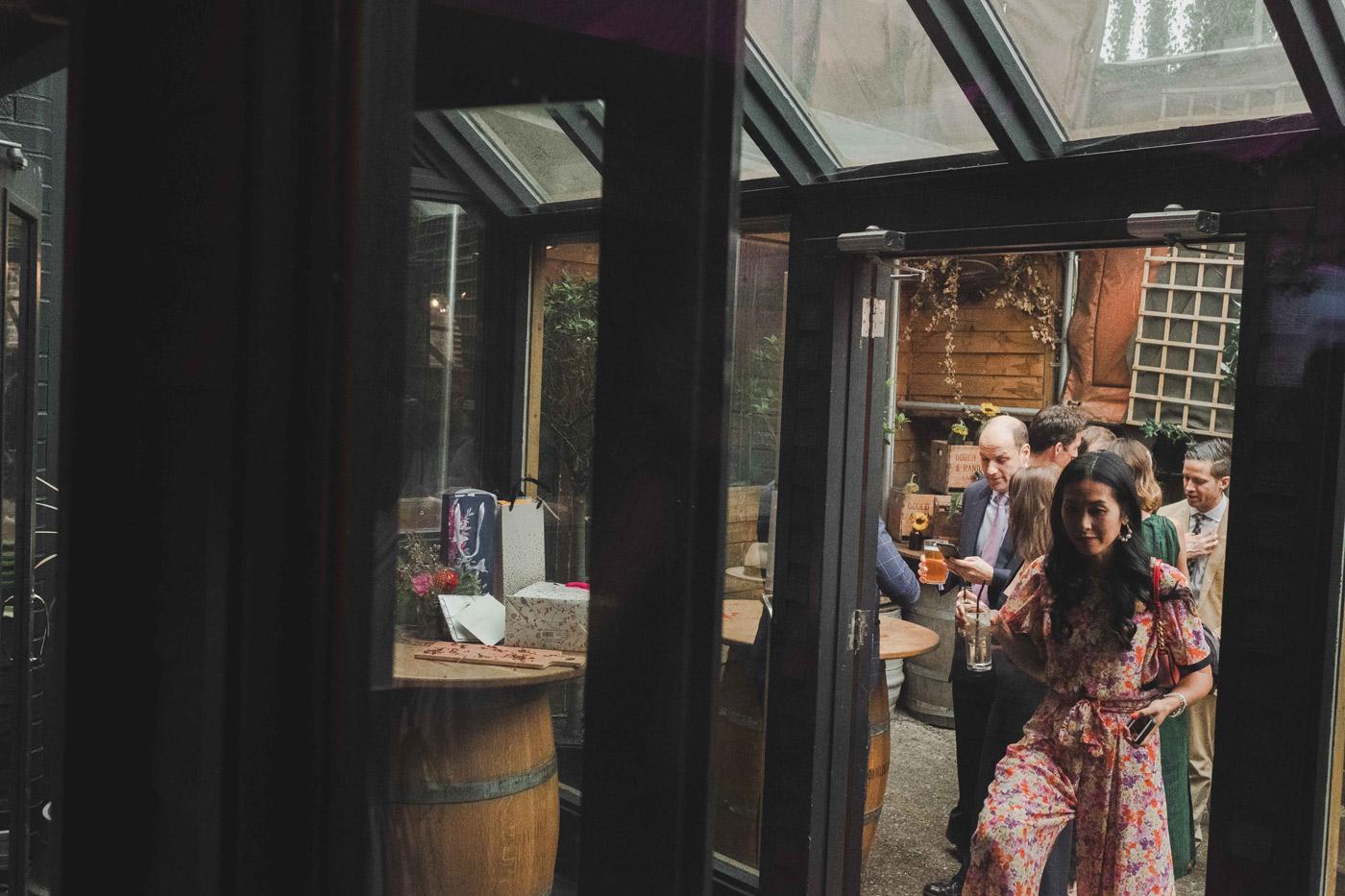 London-fields-brewery-wedding-in-hackney