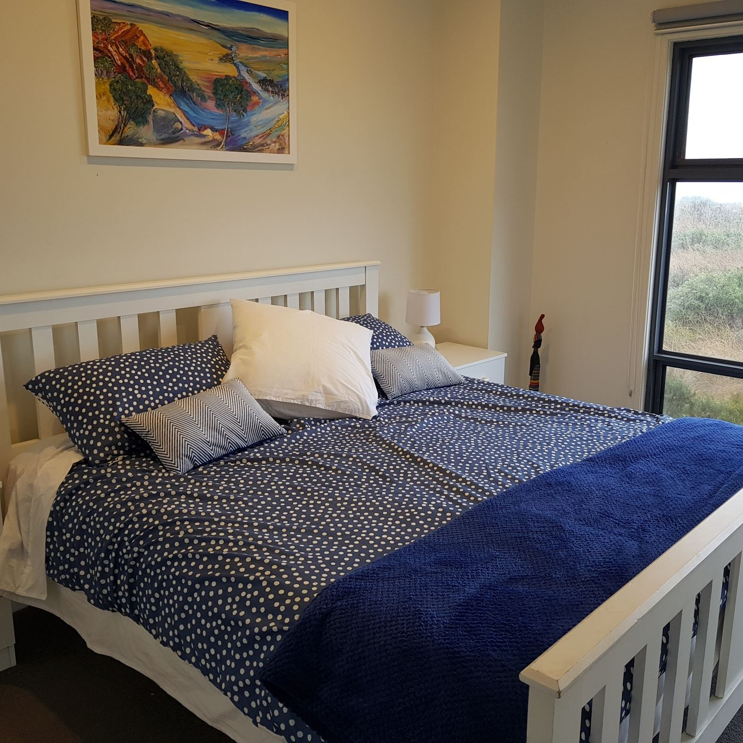 SLEEPS 12 GUESTS - Family, friends, the kids, and all will enjoy the cosy guest bedroom featuring luxurious linens coupled with the classic furnishings to make the accommodation become an ocean breeze.