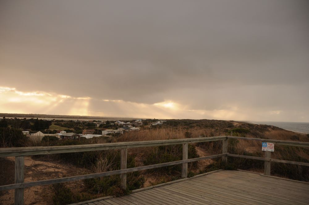 View of the Coorong and Beach - Amazing views from the top of the sandhill observation deck located just out the front door. The Murray Mouth is walking distance away.