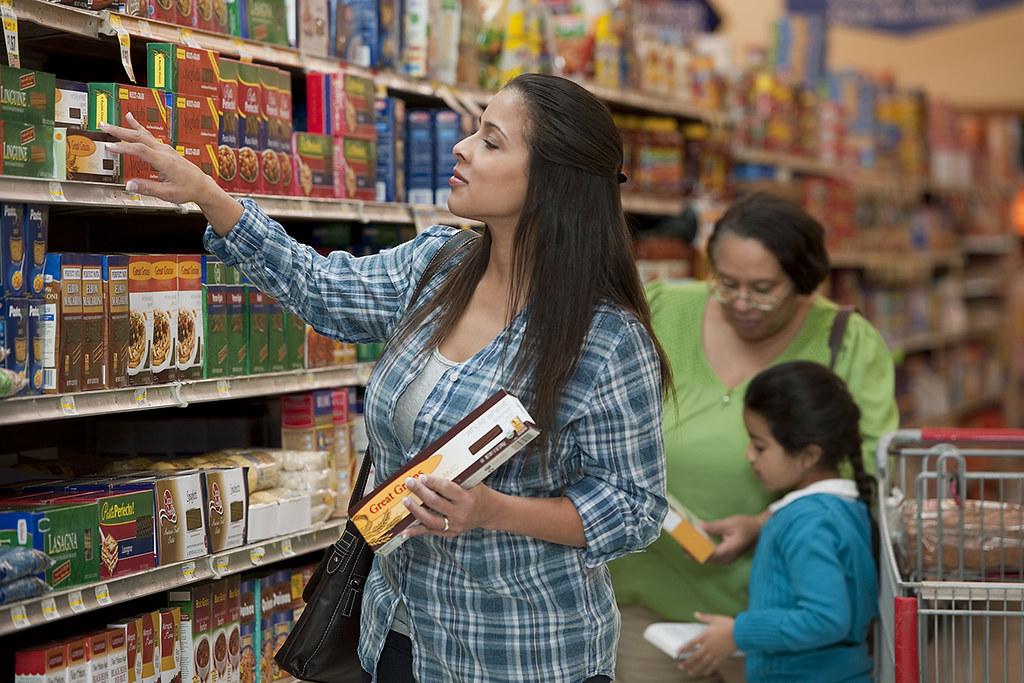 SNAP Grocery Shopping ( U.S. Department of Agriculture )