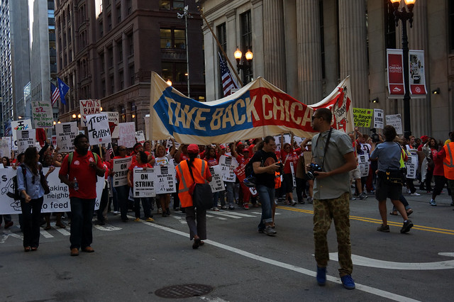 Chicago teachers demanding improvements to working conditions ( Rachel D )