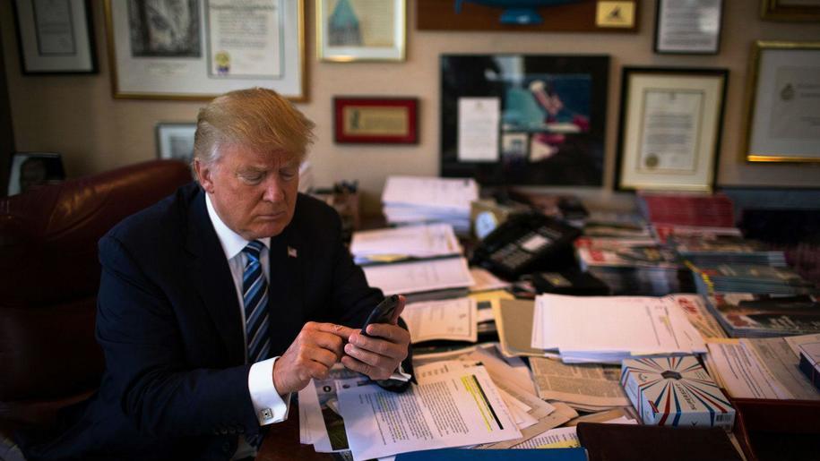 Trump Tweeting ( Daily Kos )