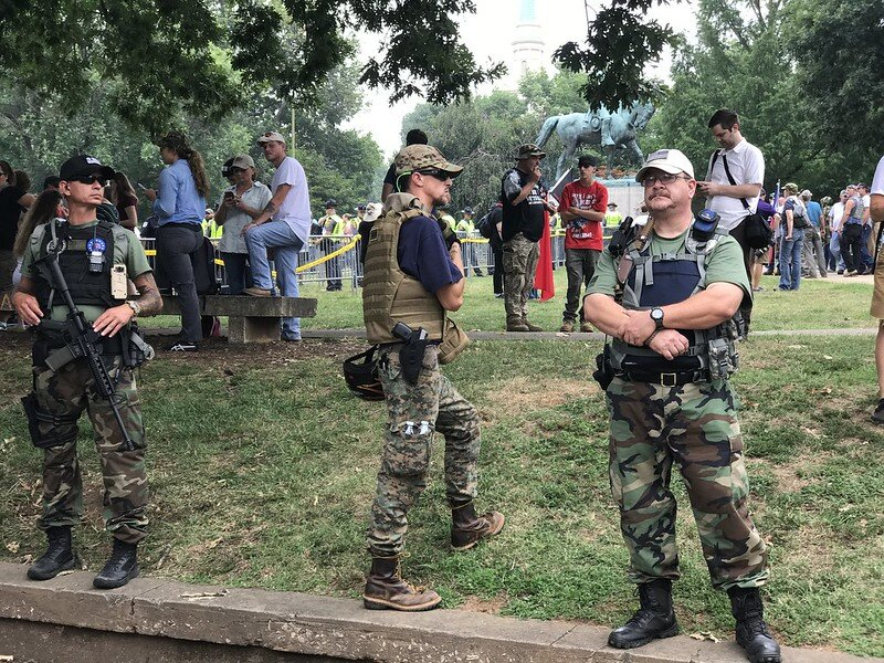 """Far-right Oath Keepers patrol Emancipation Park at """"Unite the Right"""" Rally ( Anthony Crider )"""