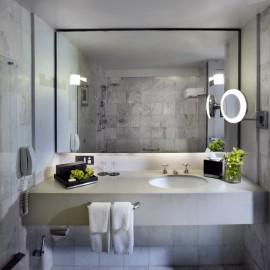 Classic-King-Room-Bathroom-Sofitel-Melbourne-On-Collins3-270x270.jpg