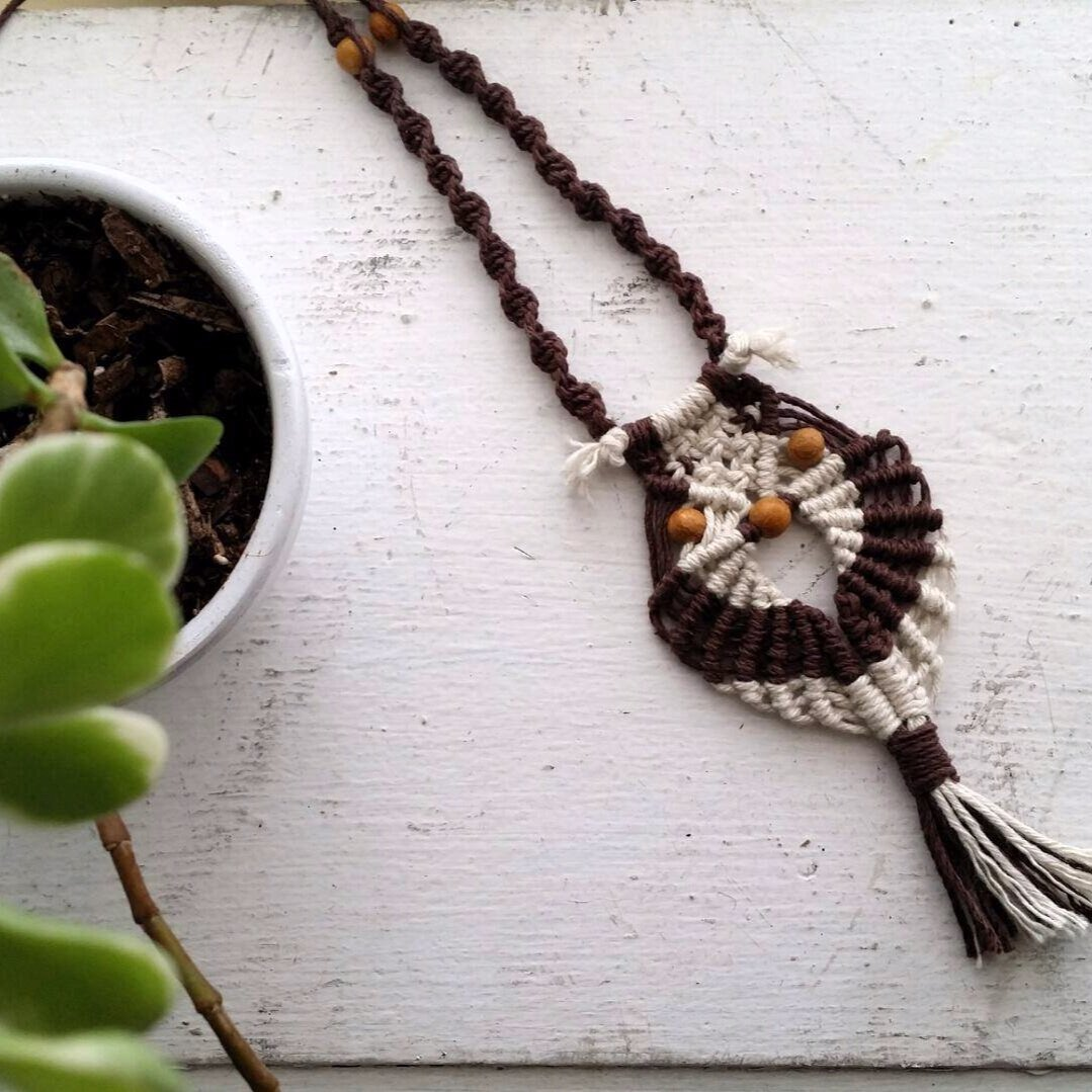 Vintage owl pattern - MacraMAKE a feathered friend! This special fall macrame workshop will take you knot by knot to macrame an owl necklace or keychain. All materials are provided along with a signed print of the hand illustrated owl pattern.