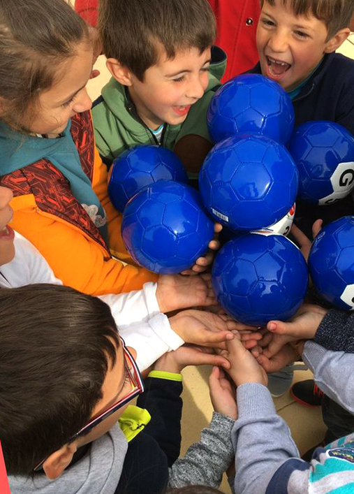 Aball1 is a more involved form of learning. By learning through play, more parts of the brain are being used: vision, hearing, touch, feelings and motion. This type of unique engagement challenges the tradition classroom routine. - With a positive learning environment, Aball1 motivates everyone. This includes those who need a more kinesthetic approach or benefit from learning in groups, or kids who would usually not participate in sports.Cooperation while learning also gives an opportunity for sharing knowledge, as the knowledgeable teach others what they know, and the less knowledgeable learn from their teammates. Everyone has a chance to participate with their unique abilities.