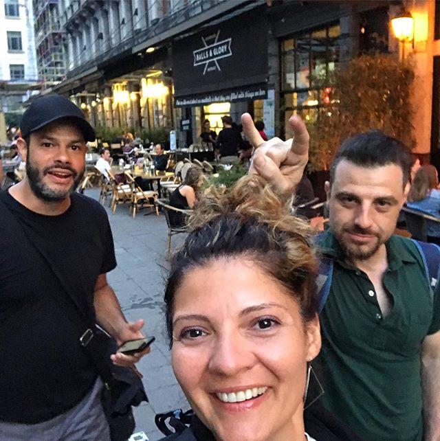 Survival mode in #brussels with MoA! #layovertour2019 #nofilter #bandmates #mates