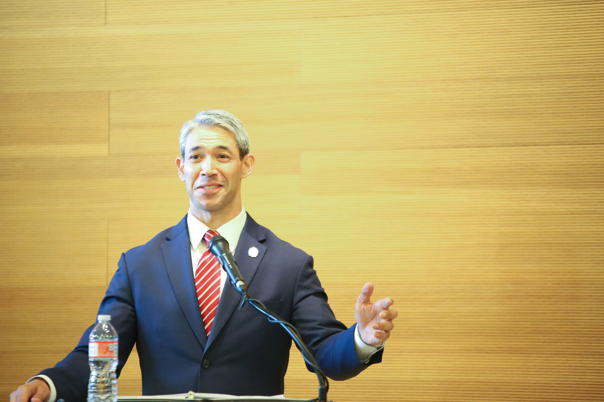 Nirenberg's Top 3 Issues Facing SA: - 1. ECONOMY2. TRAFFIC3. CRIME