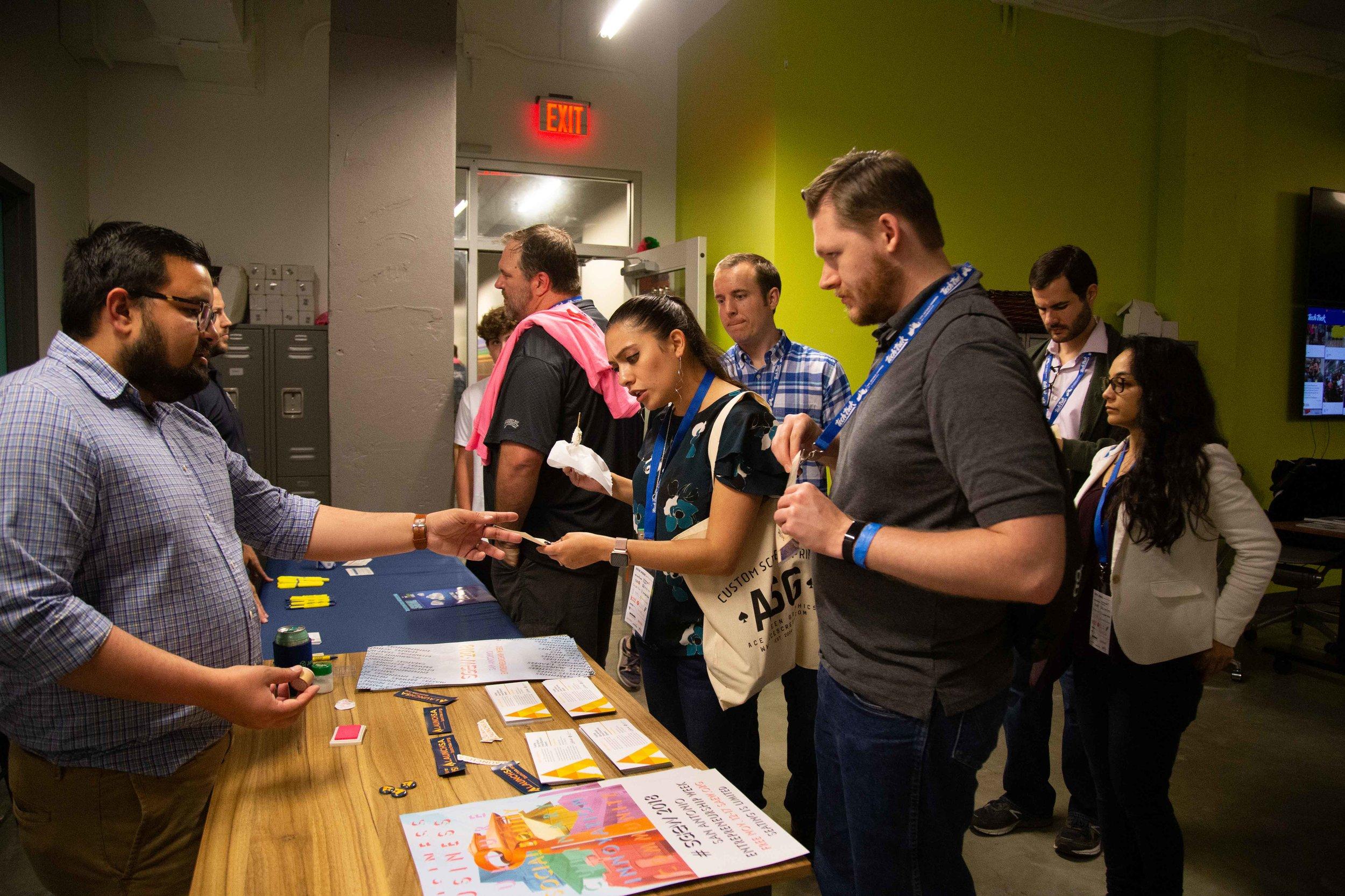Ryan Salts talks to Tech Trek attendees. (Photo by  GA Media Productions .)