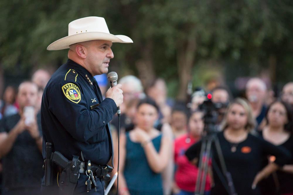 Richter_Kay_2019_El_Paso_vigil030.jpg