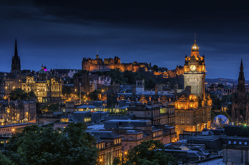 Edinburgh City Tour -£65 (3hrs) - Capture the city as the night sky falls.(Dates are subject to availability)