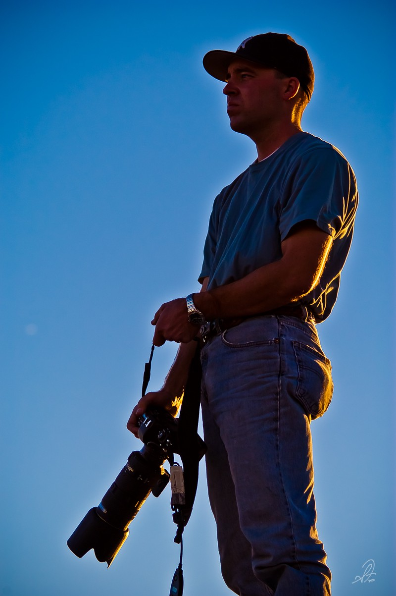 Shooting at Las Vegas Airport with my Nikon D100 and Nikkor 80–200mm f/2.8 lens in 2002.