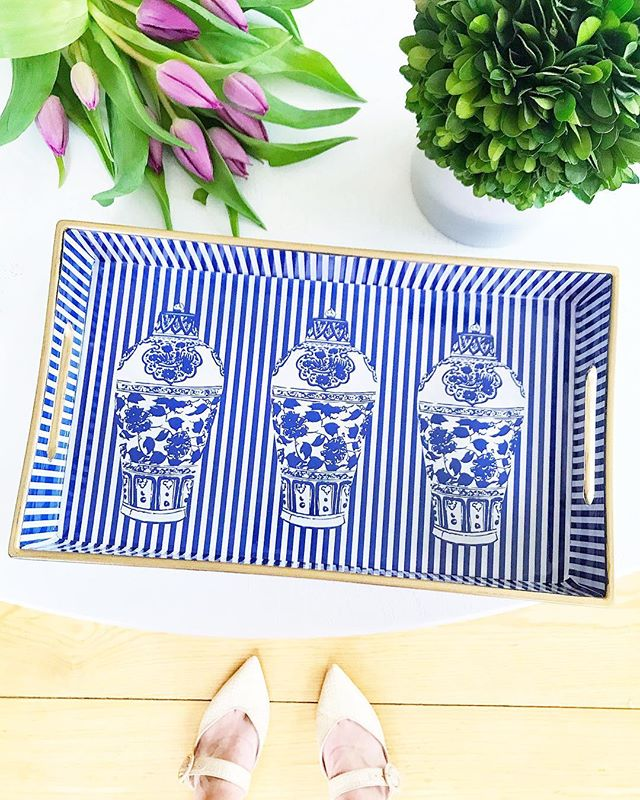 Who wants this tray?!? This is a first, but I feel the need to say thank you for reaching 9k followers! 💙 Many of you have been following along for years now and I'm so grateful 🤗  Easy peasy just follow me and tag your friends to enter to win this gorgeous ginger jar tray!! To enter-  1) Like this post 2) Follow me @dianarosespier  3) Tag all your friends in the comments for additional entries