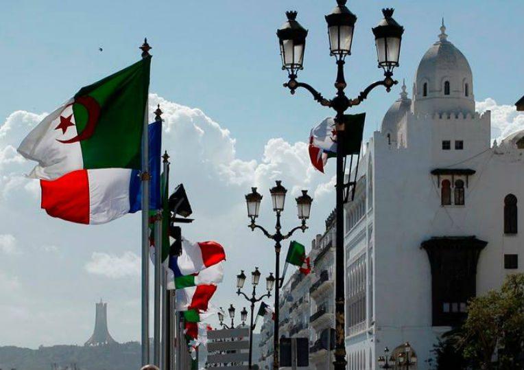 france-algerie-drapeaux.jpg