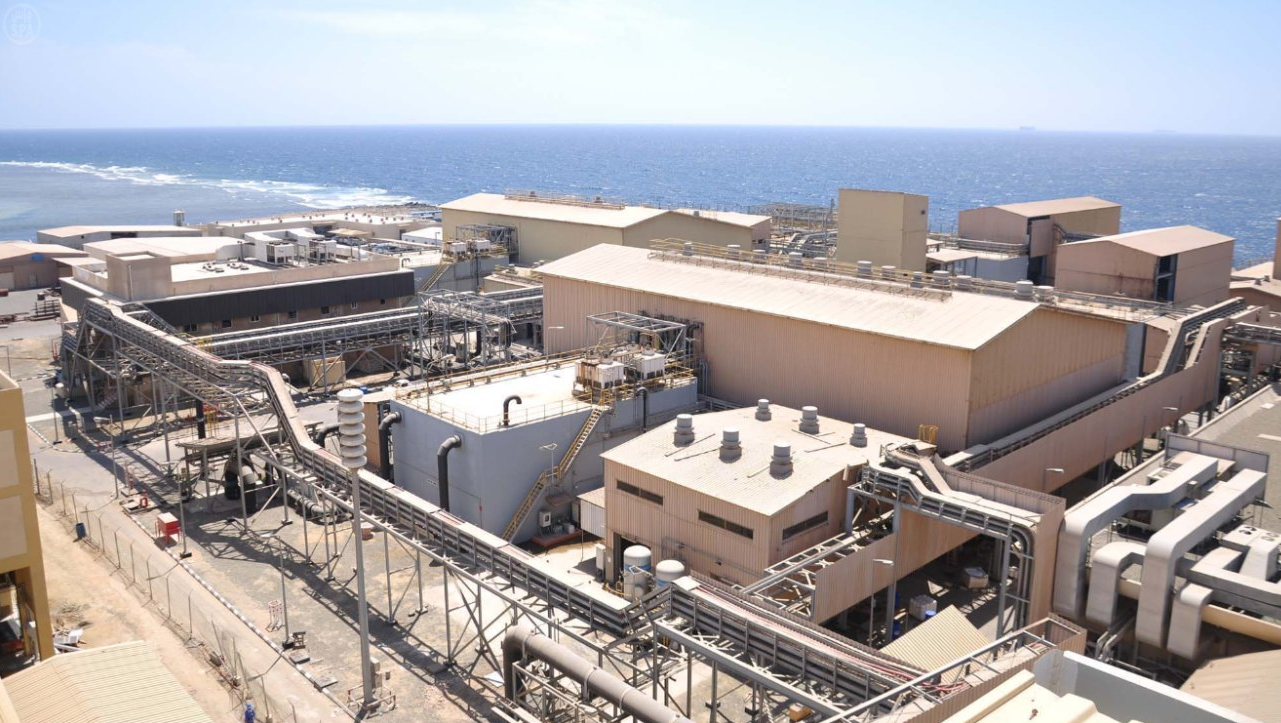 industry-sea-water-desalination-plant.png