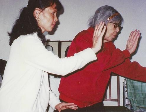 Grandmaster Cheng training with Sun Jianyun.