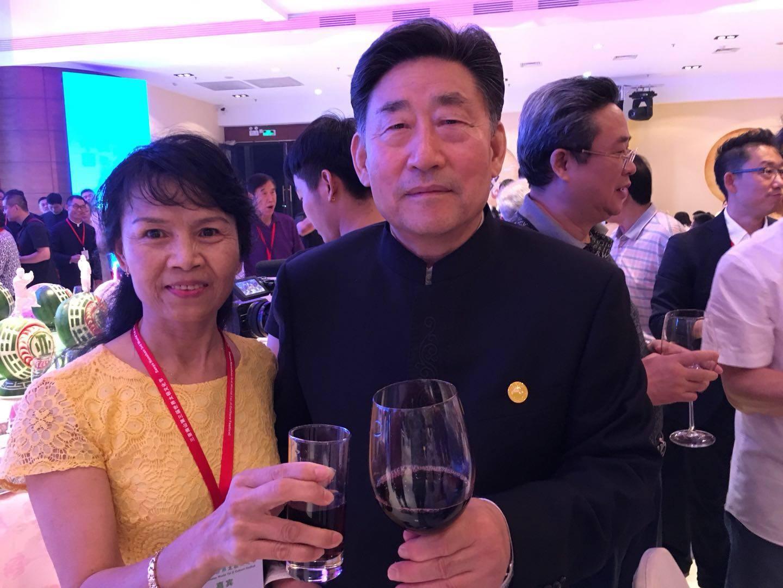 Grandmaster Cheng with Chen Xiaowang