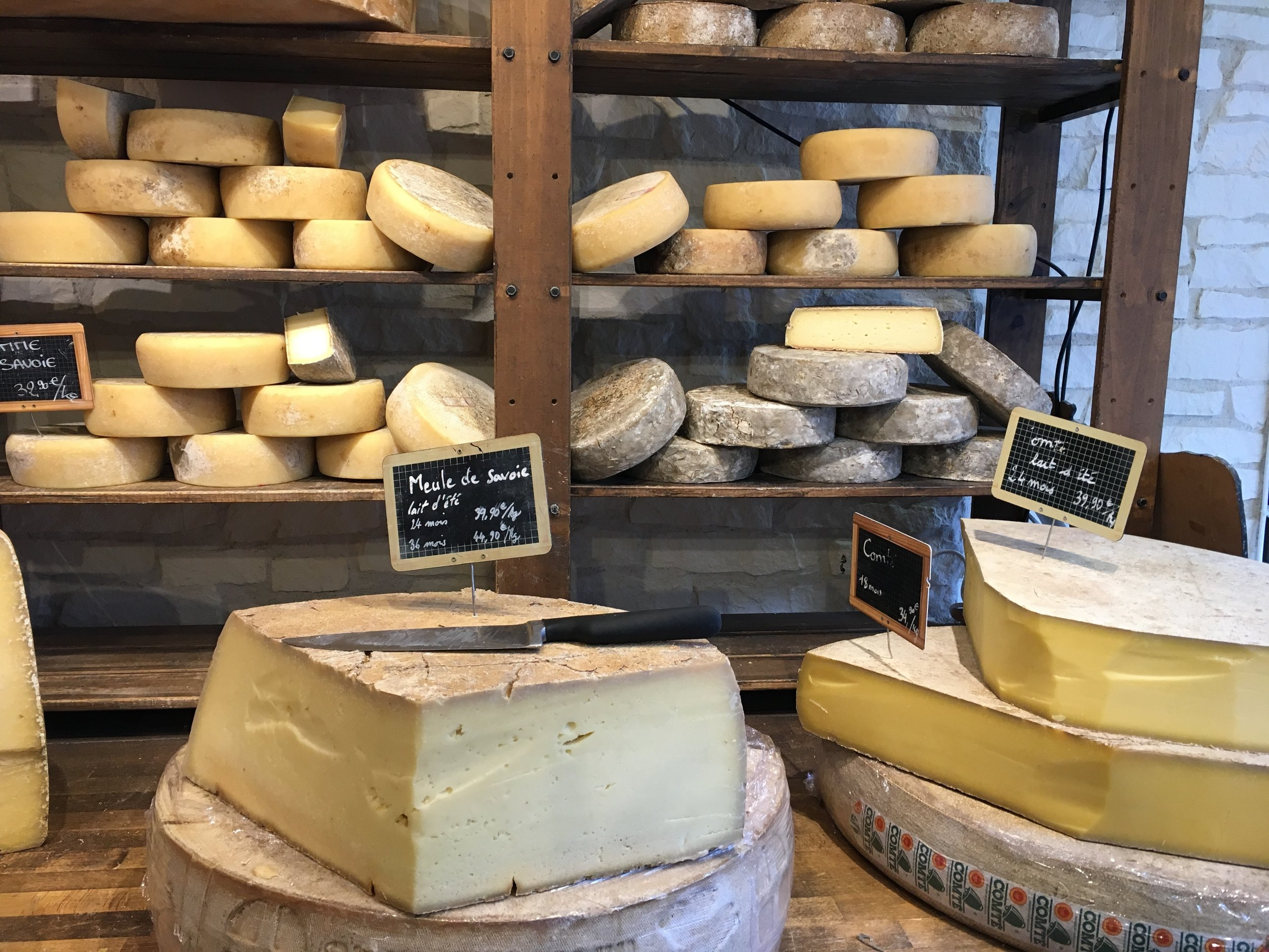 Cheese - A mouthwatering selection of exquisite Italian cheeses: Mozzarella, Mascarpone, Ricotta, Goats Cheese, Caprino, Pecorino e Pere, Pecorino al tartufo, Pecorino con le noci, Pecorino al cioccolato, Cacio butterino misto, Pecorino toscano stagionato and much more. Download the full product list HERE