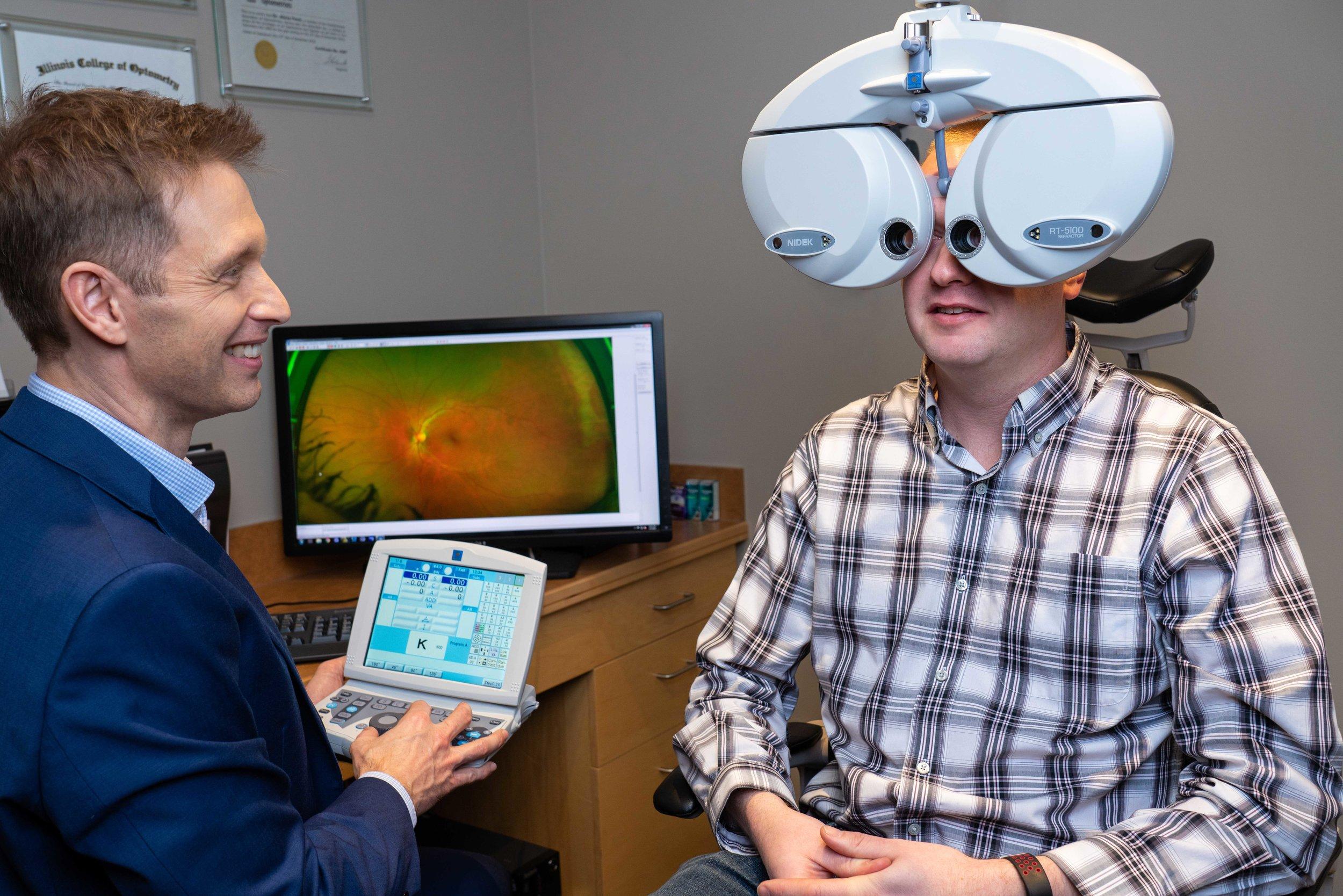 Adult eye exam digital refraction
