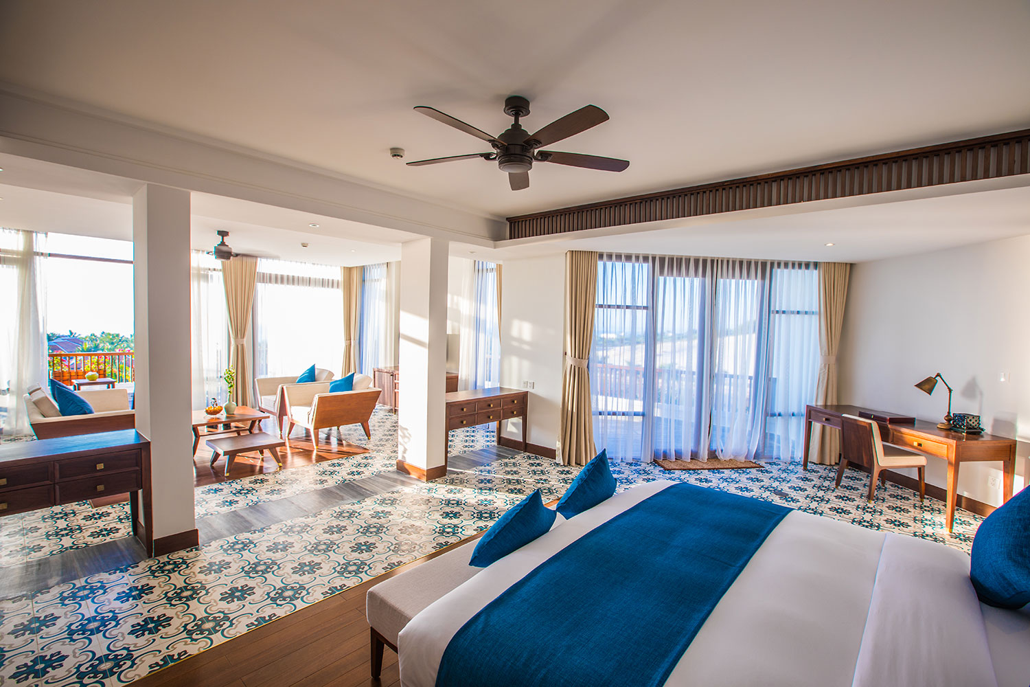 09-The-Anam--Deluxe-Collection---The-Anam-Terrace-Sea-View-Suite.jpg