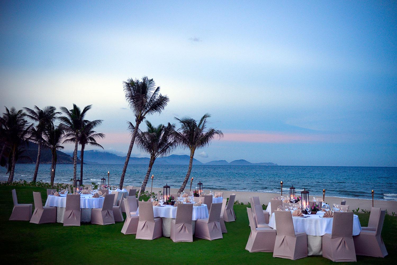 16-The-Anam---Themed-Dinner-at-the-beach.jpg