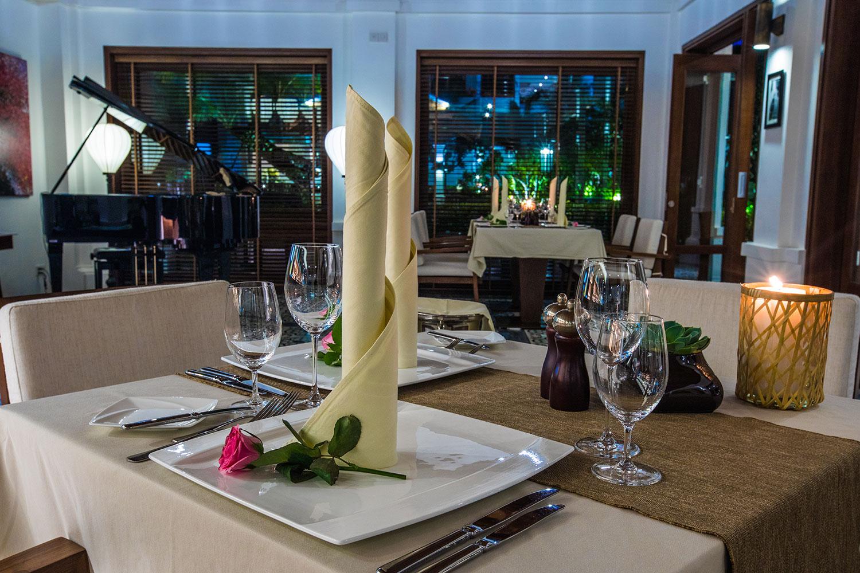 Indochine-Restaurant-.jpg