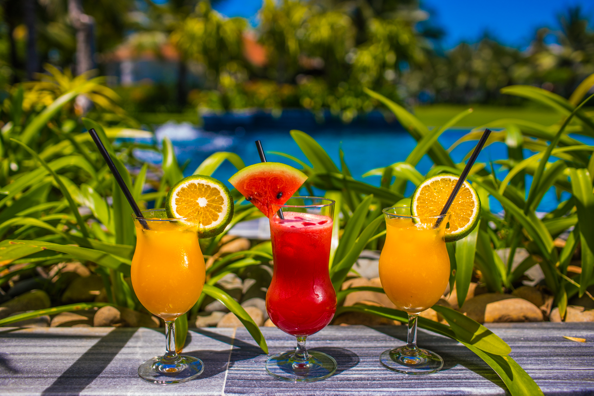 Tropical Juices & Bubbling Pizzas - Enjoy international casual dining options including bubbling pizzas and American style beach BBQs, as well as tropical juices and smoothies, fresh salads and grilled local seafood.