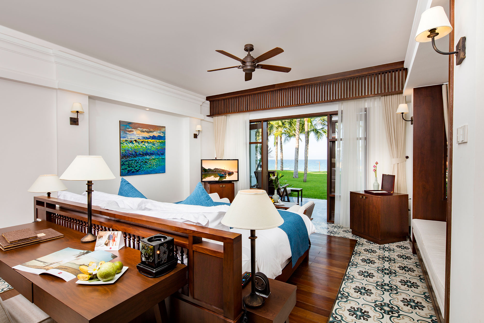Ocean Front Premium Rooms - The expansive Ocean Front Premium Rooms are set right on The Anam's golden beach front and offer stunning views of the turquoise sea beyond from the private balcony or terrace.