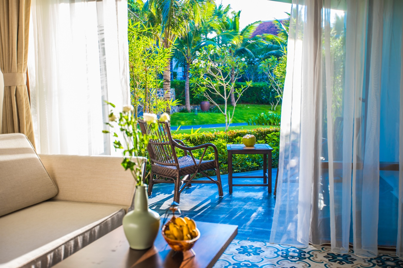 The Anam_Balcony Garden View001.jpg