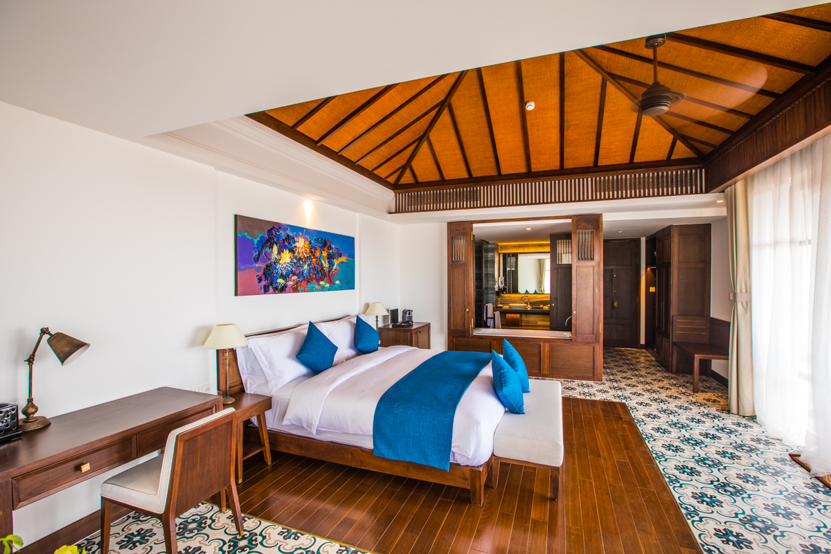 Terrace Sea View Suite - The incredibly spacious 79 sqm Terrace Sea View Suites enjoy a private balcony with stunning views of the turquoise ocean, and a gorgeous design that reflects the resort's storied indochine charm without compromising on modern luxury.