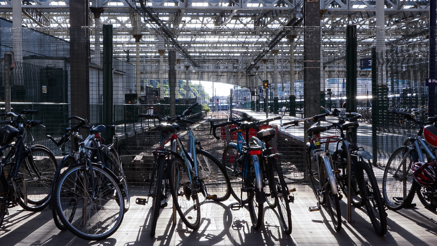 A busy bit of bike parking, just along from the hire point.