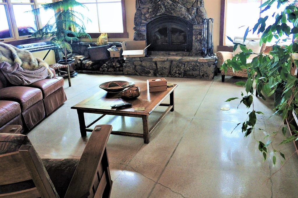 Polished Floor Living Room