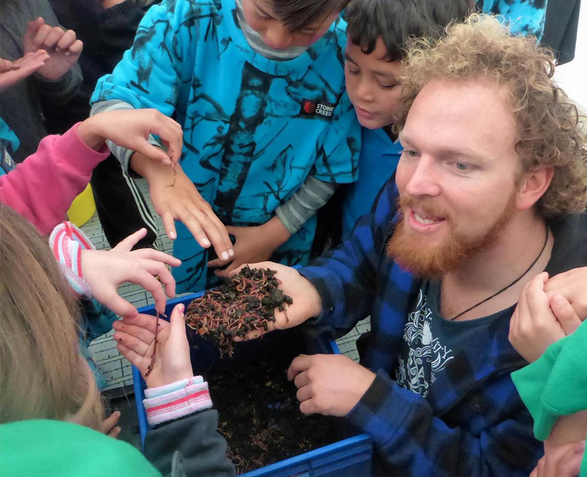 worm-farming-schools.jpg