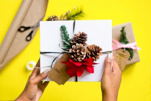 createherstock-2017-Gift-Wrap-Neosha-Gardner-6-e1544421065805.jpg