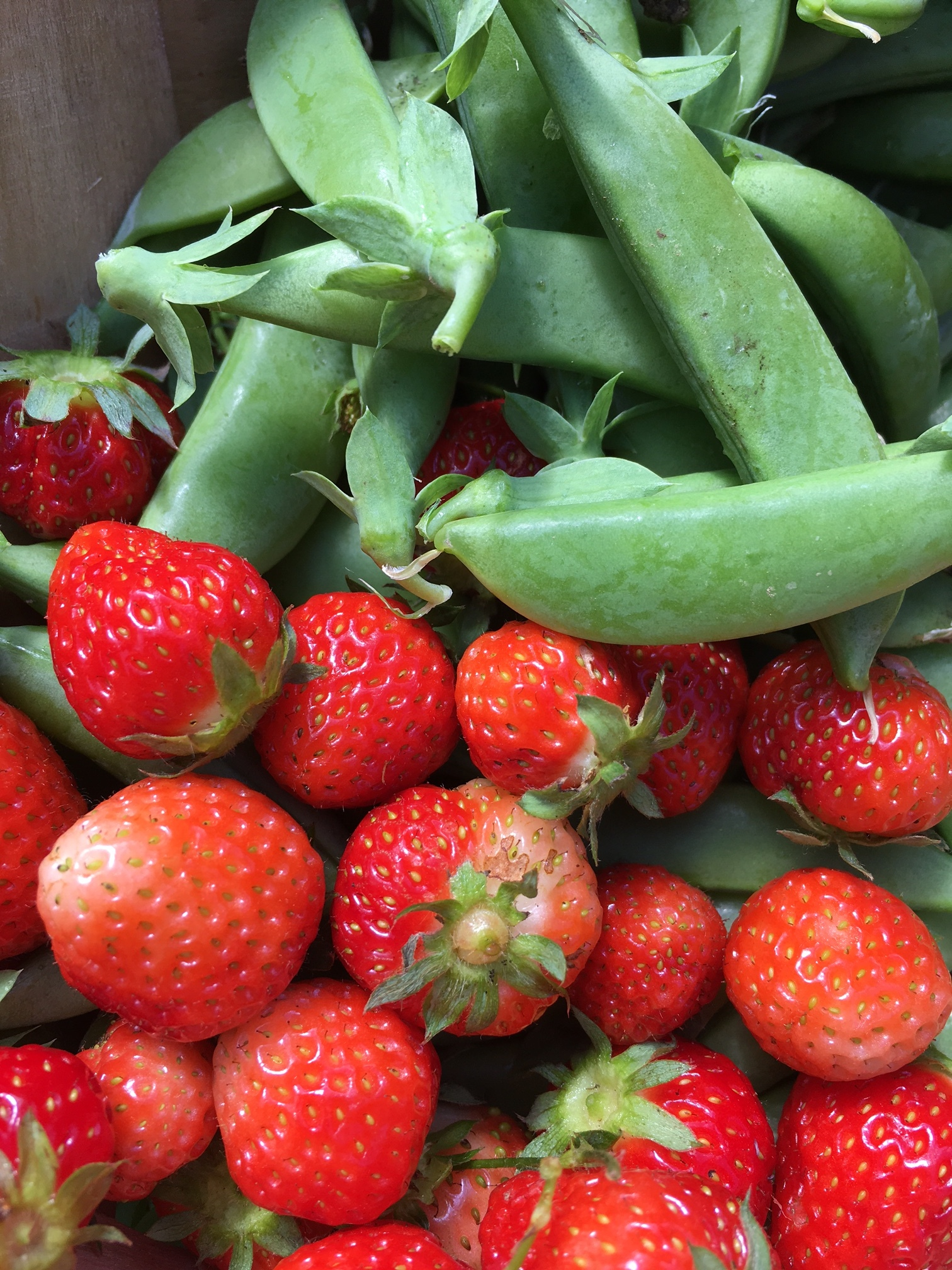 peas+strawberries