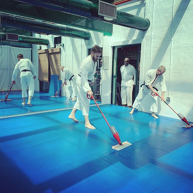 Cleaning and other mundane tasks around the dojo are as much a part of training as throwing and falling. This is misogi, or purification.  #aikido #dojo #martialarts #bushwick #brooklyn #nyc #newyork #budo #japan #training #exercise #selfdefense