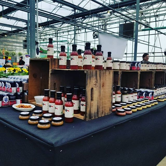 Come join us Saturdays 9:30 AM to 3:00 PM at Terra Greenhouse in Milton and get all your Fraser's Craft Cider and Harvest Goodies, as well as check out the other 100+ vendors!  #milton #shoplocal #farmersmarket #ontario #harvestgoodies #frasersbeveragecompany #wheelbarroworchards #terragreenhouses