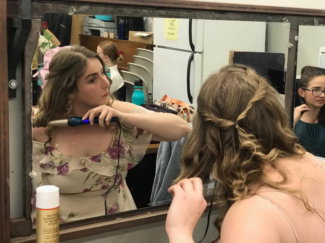 Dorine getting ready  (Tartuffe)